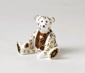 王室寶寶紀念瓷器,台灣與倫敦同步發表,台灣限定10件,單價15,000元。圖/古...