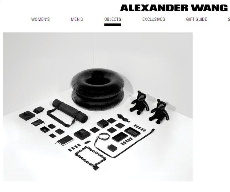 致力於發展時尚生活商品的王大仁,先前就陸續推出Objects 4個系列的創意商品...