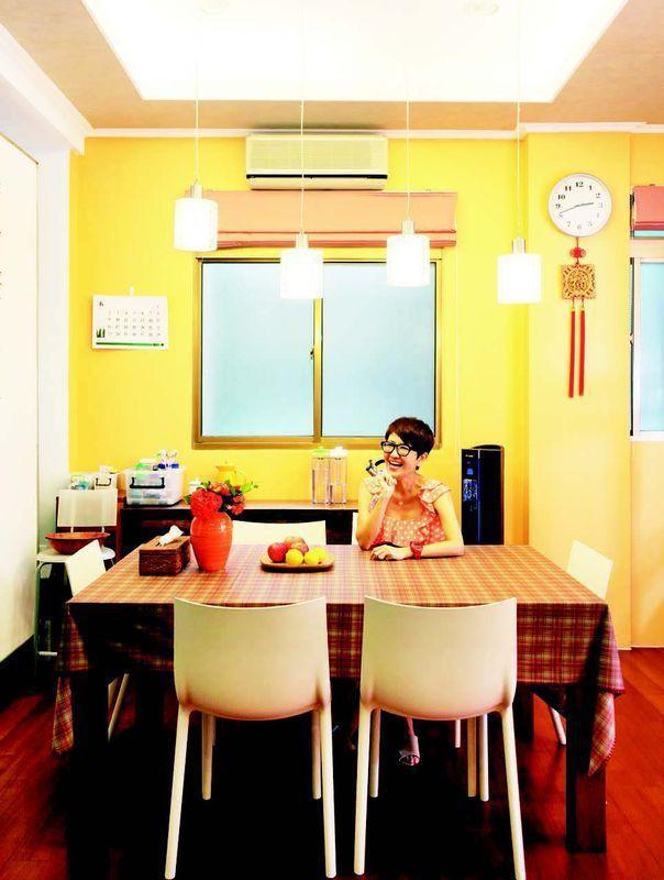 阿嬌(謝雅琳)出身台南香腸世家,擁有天生好味蕾的她,因主持美食節目「台灣尚青」而...