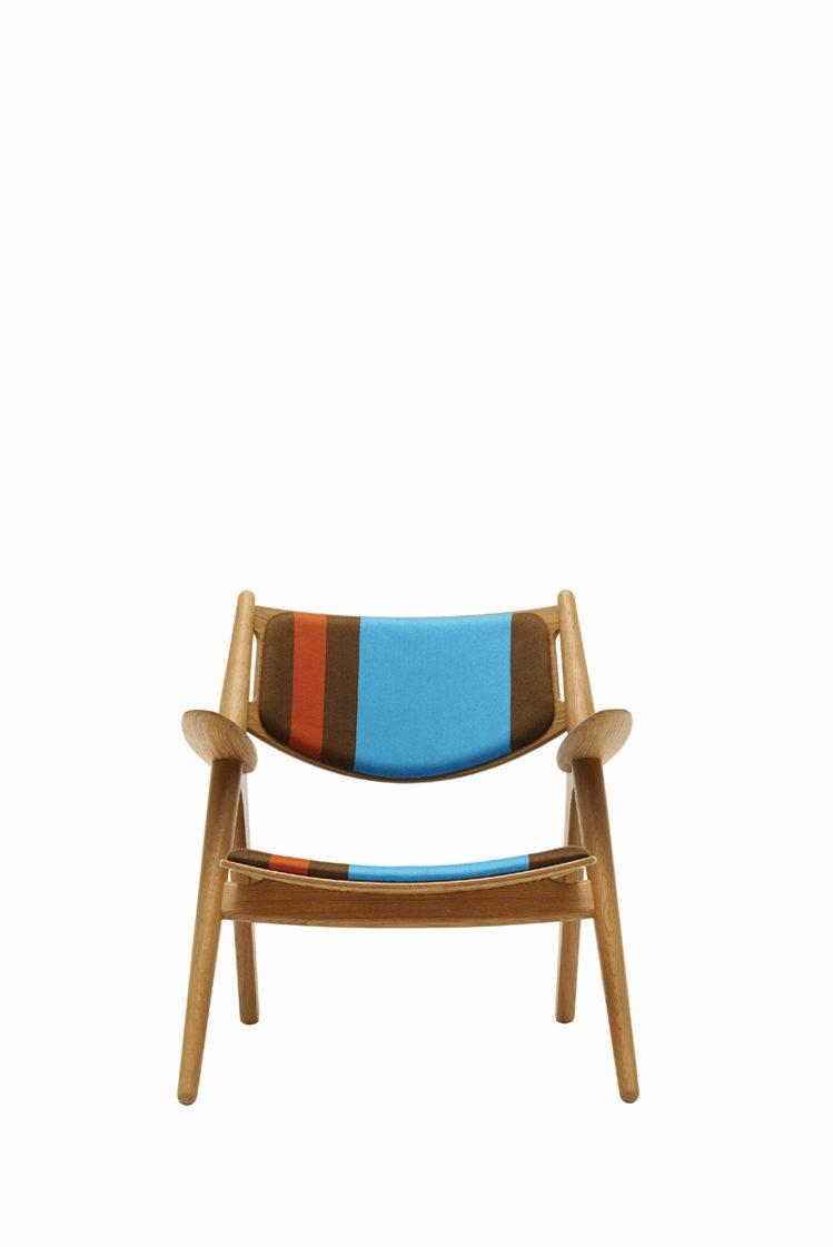 服裝設計師的單椅,為家具帶來時尚新裝。圖/紐約家具提供
