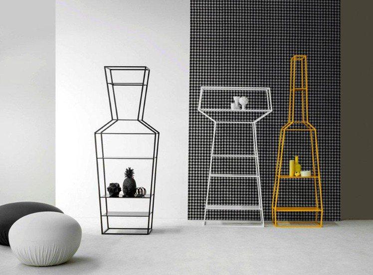 不同的心情搭配不同的氣味,Gino Caroll運用香水瓶身的概念,設計出別具特...