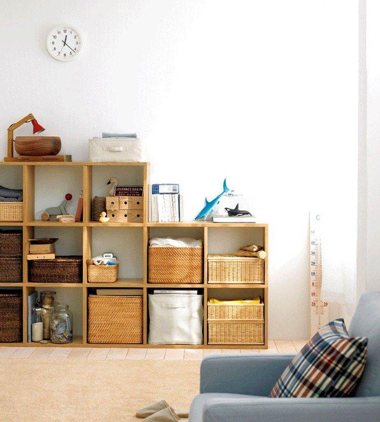 天然材質編織盒定價:大/2110、中/1030元、小/280元。圖/MUJI提供