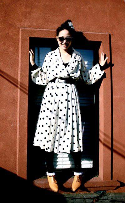 這裡的風格很七〇年代的Old School,琳達喜歡穿Oversize和大肩膀的...