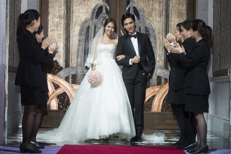 MOTPE Wedding 新人入場。圖/台北文化東方酒店提供