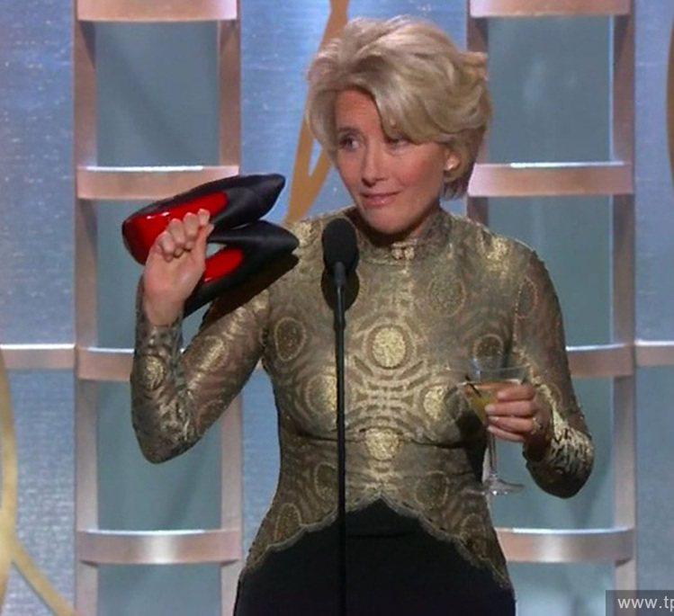 女人對高跟鞋既愛又恨,艾瑪湯普森去年在金球獎頒獎典禮上,坦承難忍高跟鞋的折磨,甘...