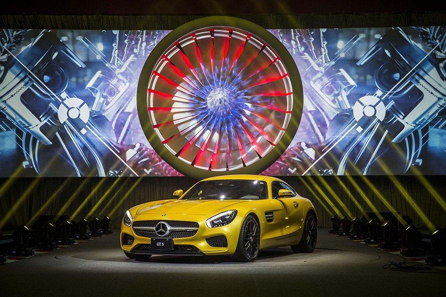 Mercedes-AMG GT S。 Mercedes-Benz