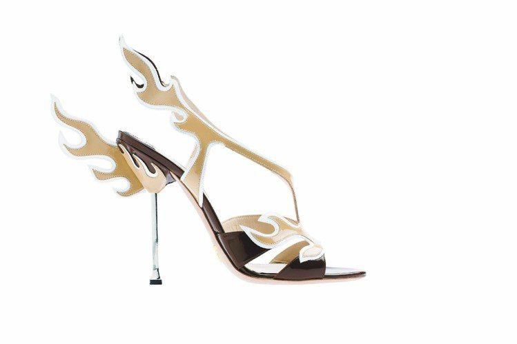 帶動漫風格的春夏火焰高跟鞋、43,500元。圖/PRADA提供