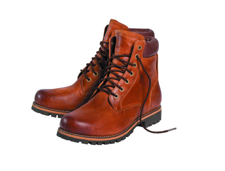 Timberland在鞋款中運用Thermolite保暖科技增加保暖機能,耐寒度...