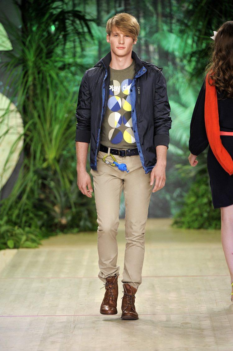 SISLEY 2012春夏男裝以藍色調在穩重與休閒間取得平衡。圖/SISLEY提...