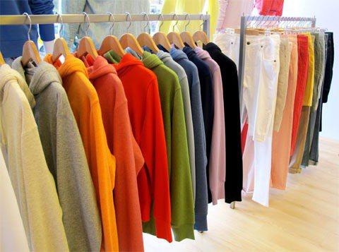 UNIQLO春夏colorful上衣、褲款。記者吳曉涵/攝影