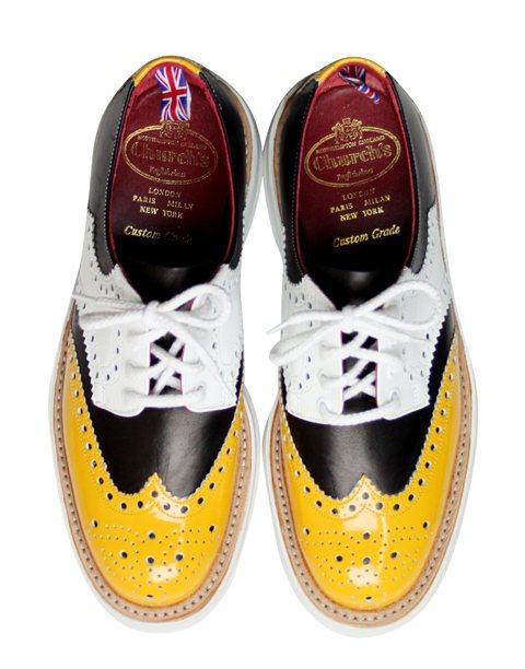 英國百年牛津鞋品牌Church's,本季運用拼接展現時尚感。圖/喜事提供