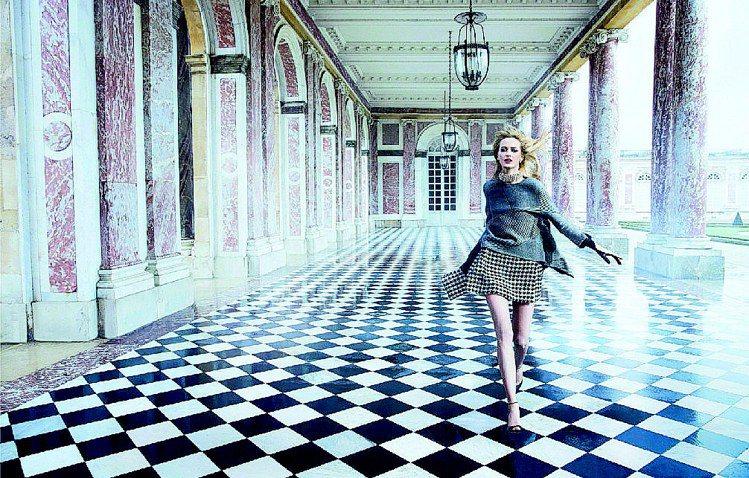 Dior微電影以凡爾賽宮的秘密花園為主題。圖/Dior提供