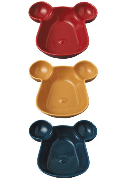 Medicom Toy Exhibition紀念商品,將庫柏力克熊頭作成陶盤。 ...