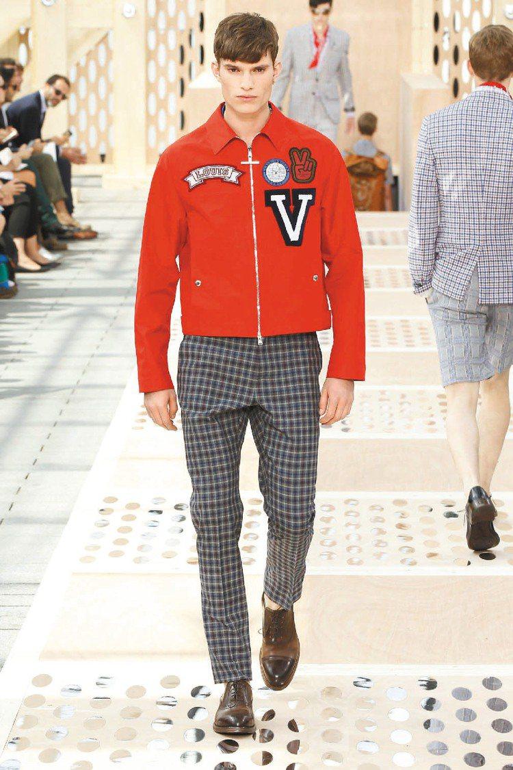 穿上繡著「V」字機車夾克,出發吧。圖/LV提供