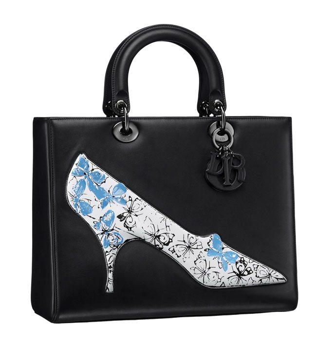 Lady Dior經典黑飾以安迪沃荷繪圖手提包、售價約250,000元。圖/Di...