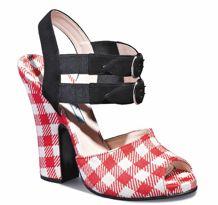 PRADA秋冬格紋高跟鞋、30,000元。圖/PRADA提供