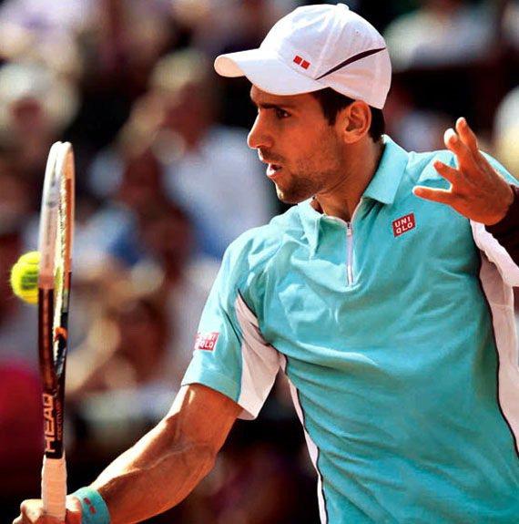 目前世界排名第一的網球冠軍約克維奇是UNIQLO代言人,業者為其推出限定商品。圖...