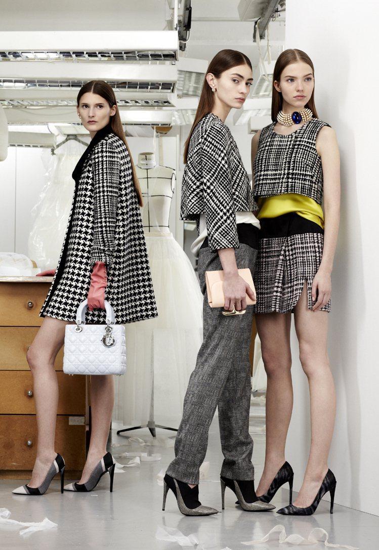 Dior早秋融入各式黑白格紋,充滿趣味。圖/Dior提供