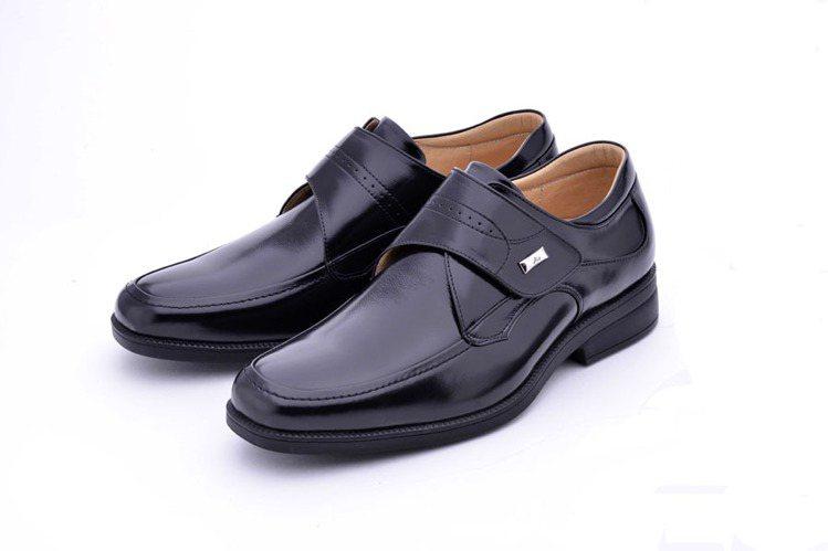 阿瘦皮鞋推出「挺霸系列」。圖/阿瘦提供