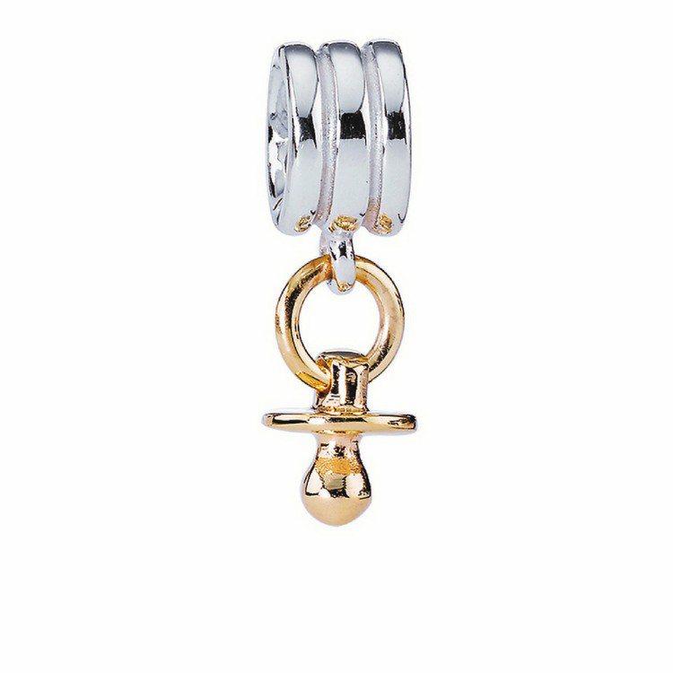 雙色金奶嘴吊飾,純銀搭配14K金,6,290元。圖/PANDORA提供
