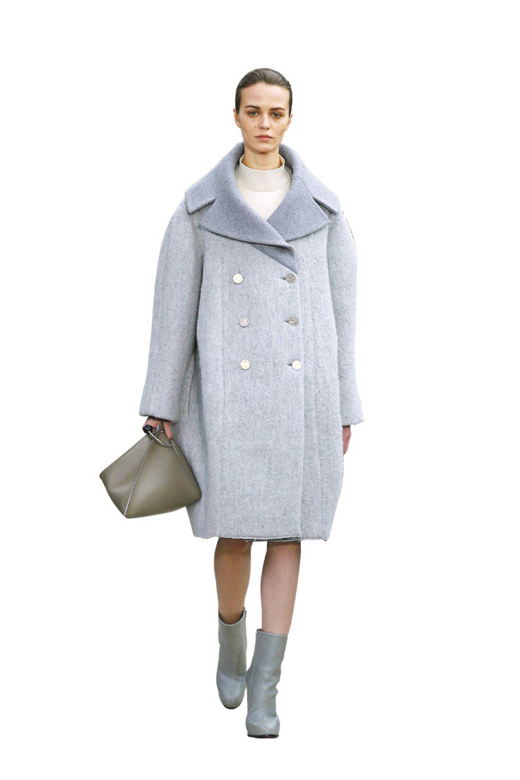 CELINE的Oversize西裝外套。圖/CELINE