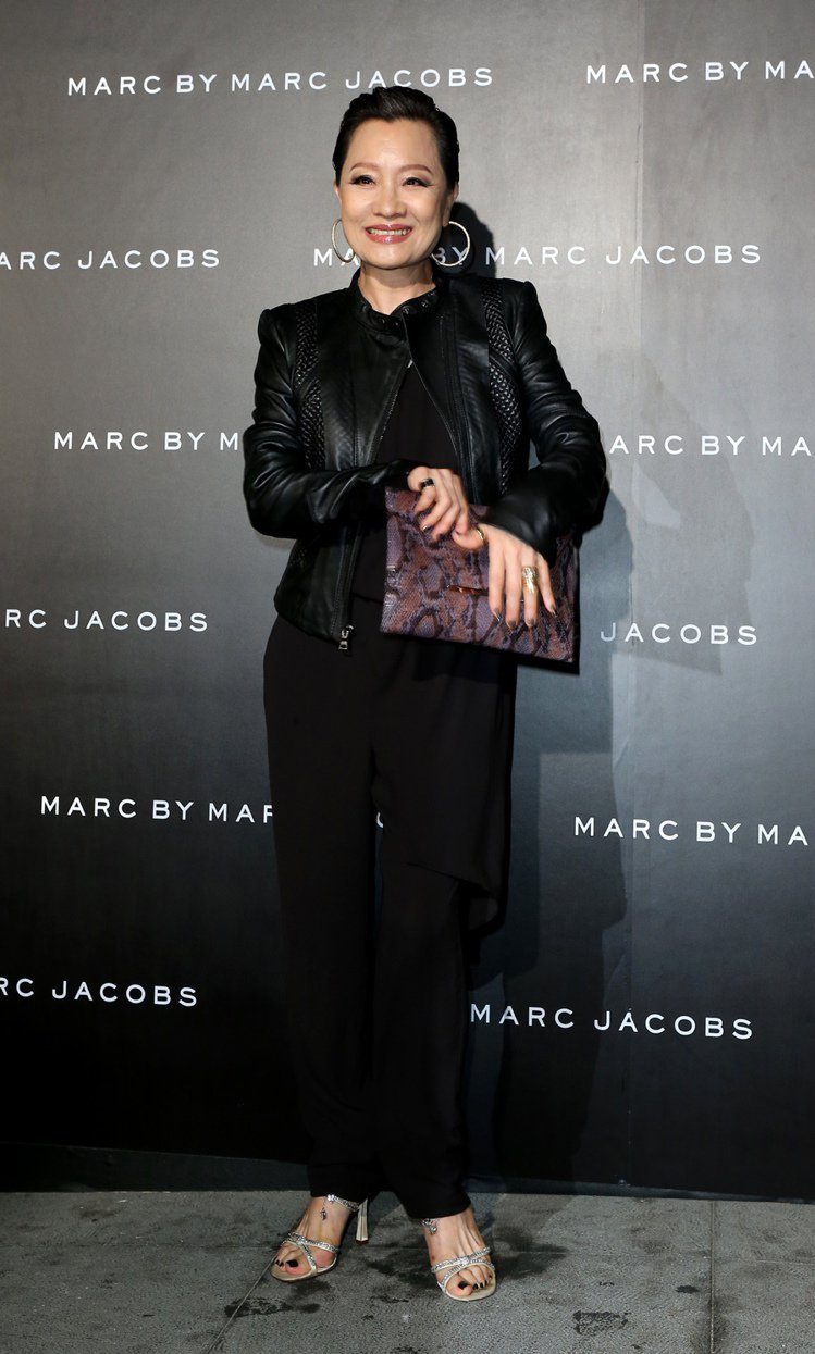 MARC BY MARC JACOBS 舉行2013秋冬發表,邀請藝人比莉出席。...