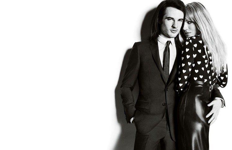 BURBERRY秋冬找來席安娜米勒和男友Tom Sturridge 一起拍攝形象...