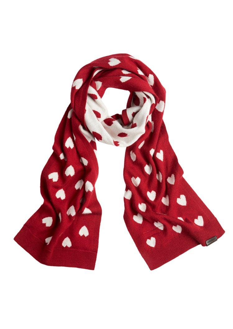 童裝紅色愛心圍巾(另有黑色款)。圖/BURBERRY提供