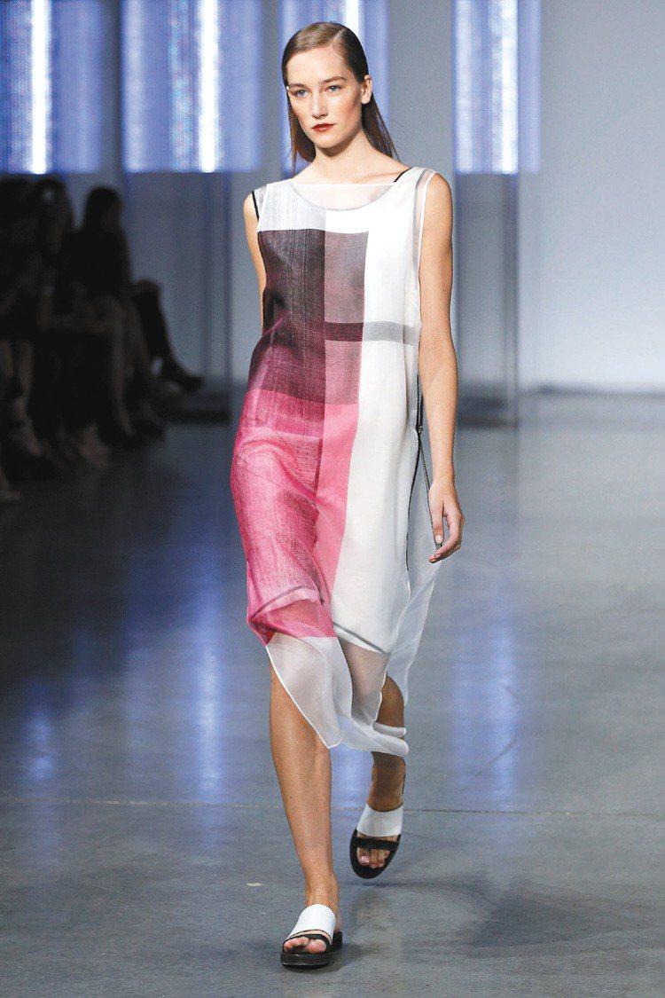 Helmut Lang以幾何線條展現美式時尚。圖/美聯社