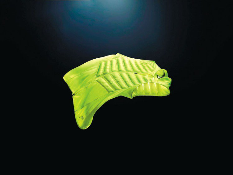 Nike推出Nike Aeroloft系列背心,主打衡溫機能。圖/Nike提供