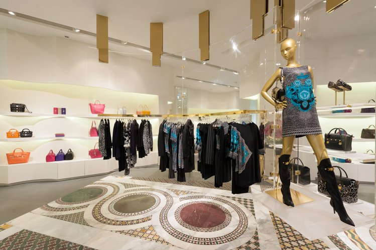 VERSACE台北101全新概念店。圖/VERSACE提供