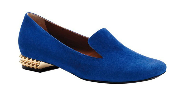 FENDI電光藍時尚美鞋。圖/美人誌