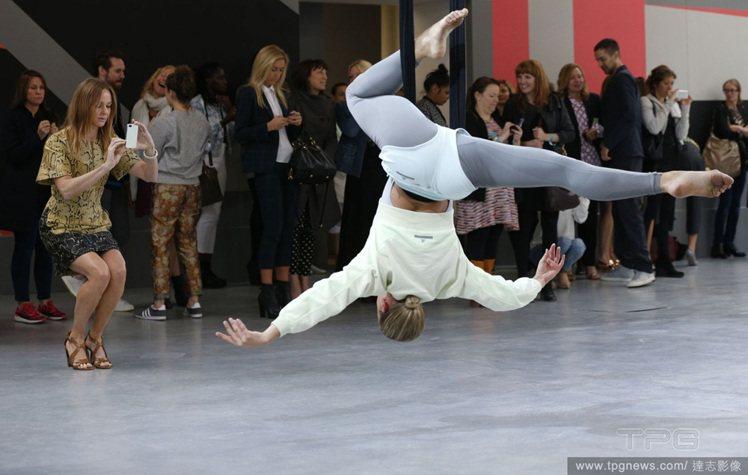 Stella McCartney發表adidas 2014春夏運動系列,演出一場...