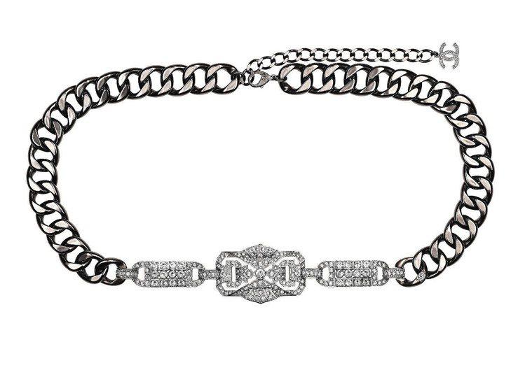 水晶巴洛克裝飾腰鍊,12萬7,600元。圖/CHANEL提供