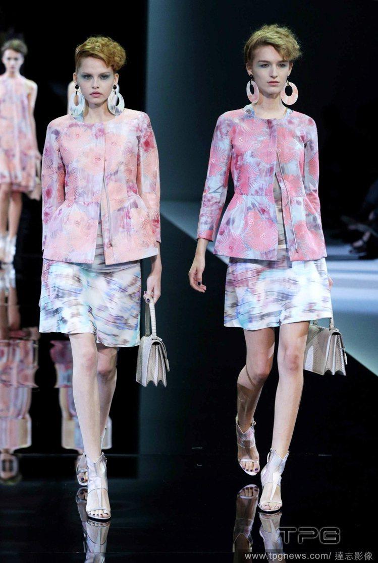 不管褲裝和裙裝也都是以柔軟的布料製成,明確的線條取代硬挺材質的剛烈感,看得出Gi...
