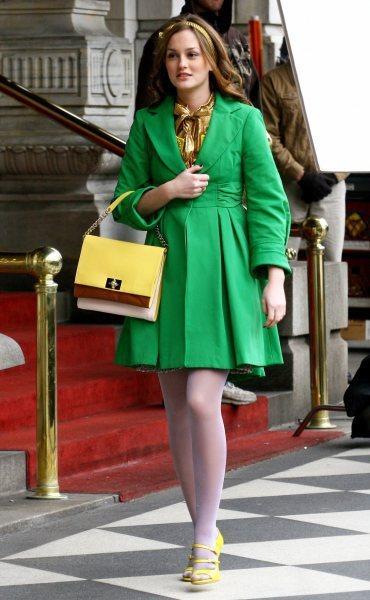 由蕾頓米絲特(Leighton Meester)飾演的富家女 Blair 活躍於...