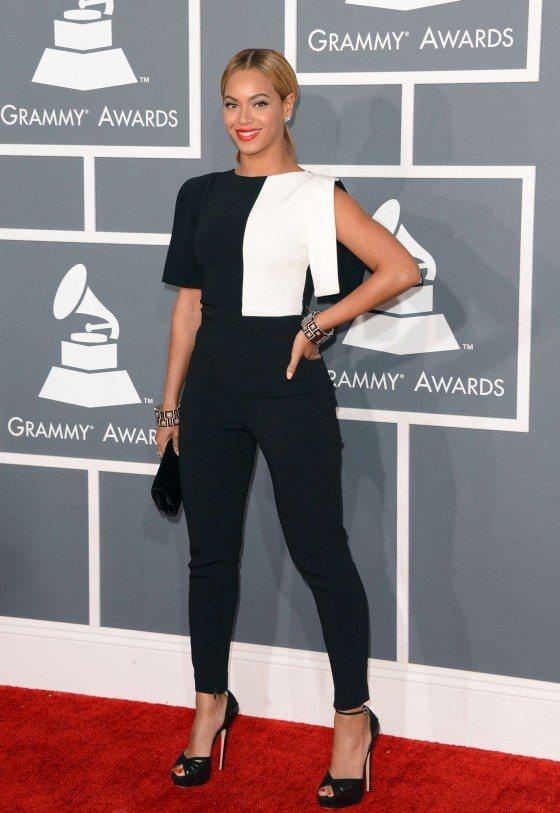 動感歌后碧昂絲不僅積極進行世界巡迴演唱的演出,在今年也接下知名服裝品牌 H&M ...