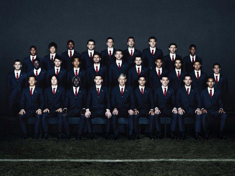 LANVIN被指定為英國足球隊Arsenal 的官方裁縫, 從即起維持兩個賽季至...