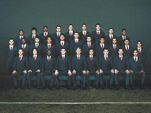 Lanvin為英格蘭超級足球聯賽季領頭羊,阿森納兵工廠隊隊職員打造專屬官方服飾。...