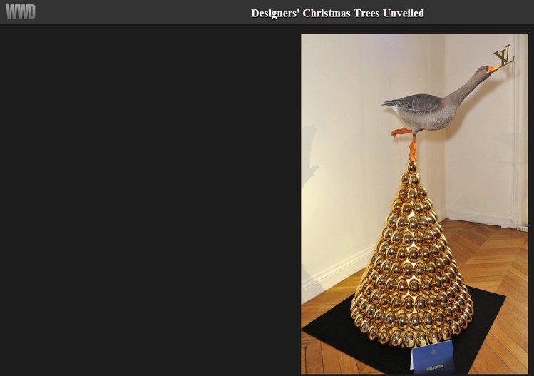 Louis Vuitton以模型鳥和金蛋做成耶誕樹。圖/擷取自wwd.com
