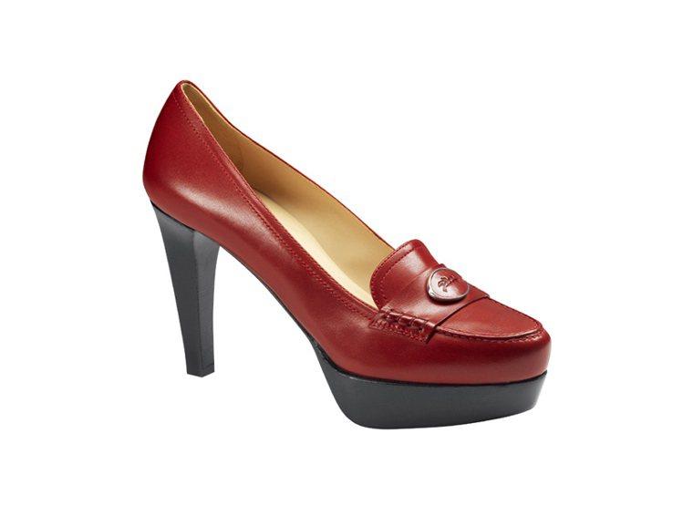 Longchamp 秋冬Roseau Heritage 推出胭脂紅款式,百搭的鞋...
