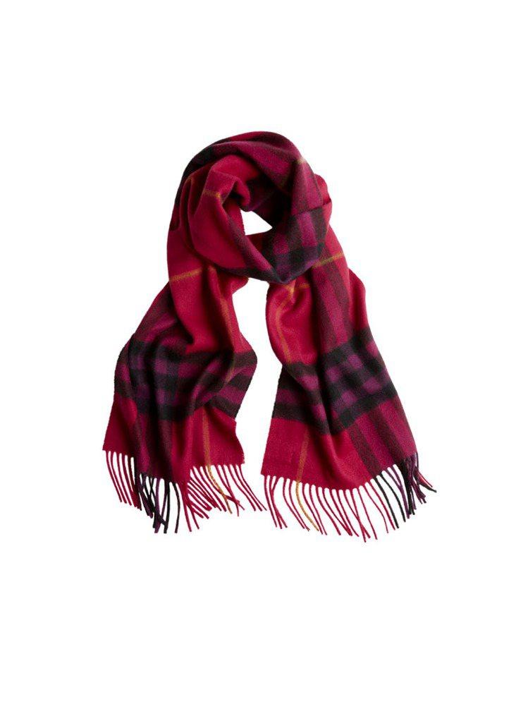 BURBERRY格紋圍巾,NT 19,000。圖/BURBERRY提供