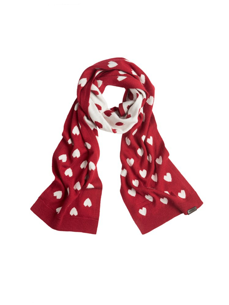 BURBERRY愛心圍巾,NT 10,500。圖/BURBERRY提供
