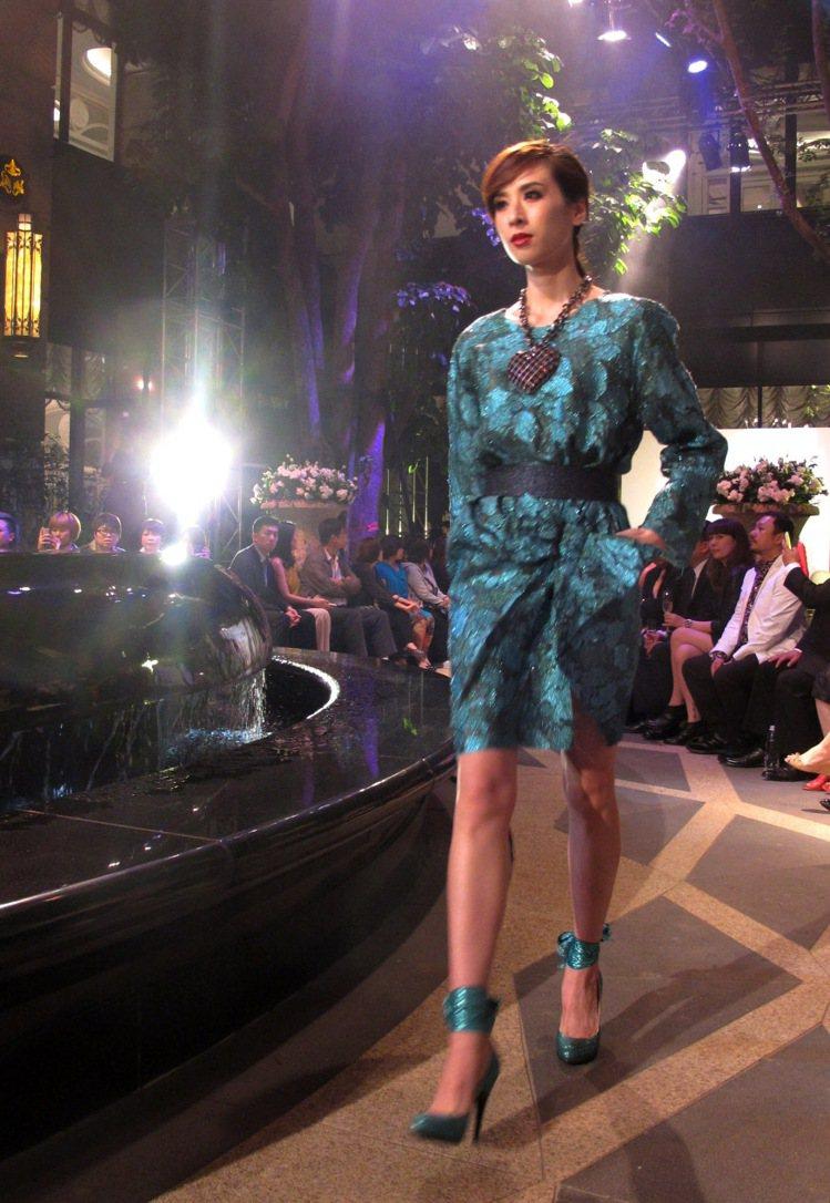 本季LANVIN依然強調大型飾品帶來的高調時尚感。記者吳曉涵/攝影