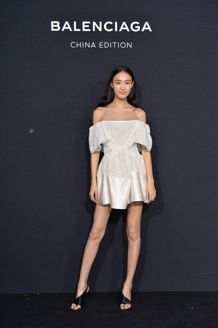 中國超模秦舒培出席Balenciaga China Edition活動。圖/Ba...