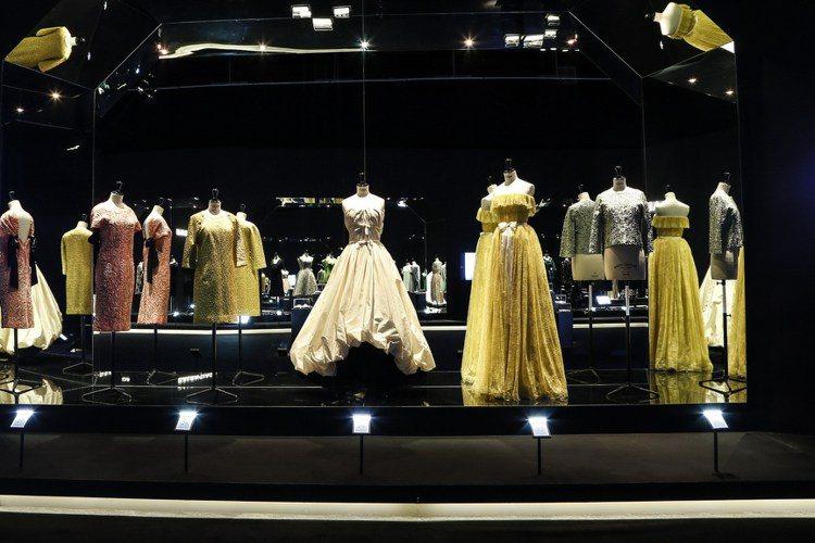 巴黎世家(Balenciaga)進駐北京,為了這跨時代的一大步,品牌特別在北京的...