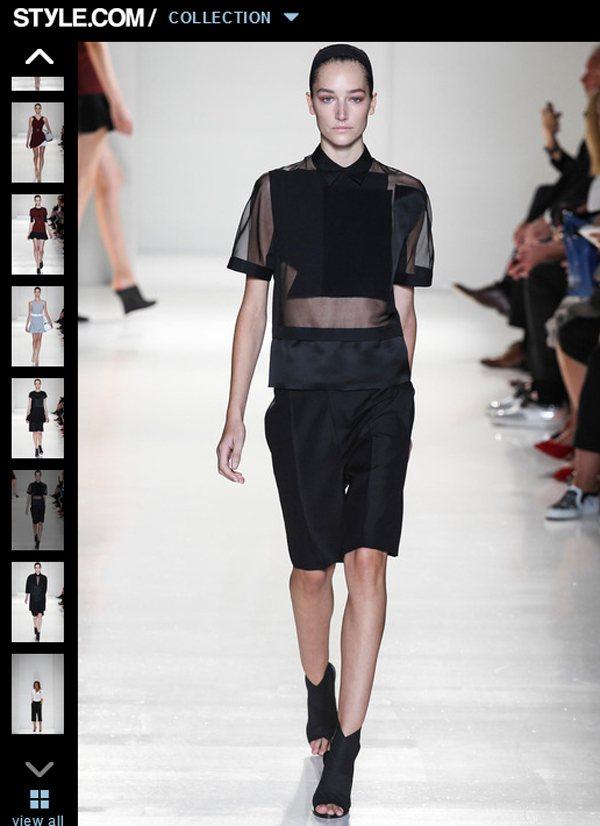Victoria Beckham 2014 春夏系列的黑色透視襯衫,洋溢著神秘摩...
