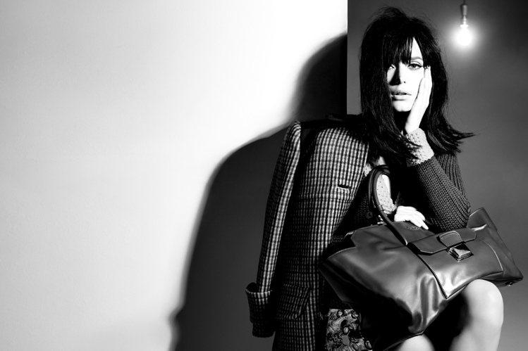史黛西馬汀在美國時尚攝影大師 Steven Meisel 的鏡頭下,顯現出濃濃神...