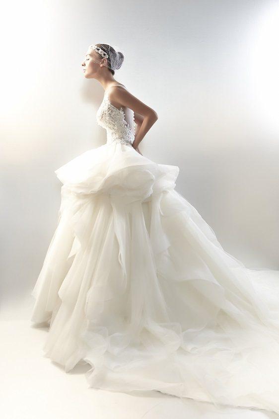 名人效應,林莉為海外婚禮設計獨一無二的婚紗。圖/林莉工作坊提供
