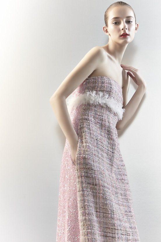 林莉設計斜紋軟呢的晚禮服。圖/林莉工作坊提供